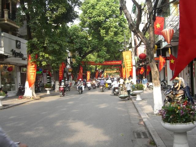 Đón Taxi Nội Bài về Phố Hàng Bông Hoàn Kiếm,Giá chỉ :250k/4 chỗ