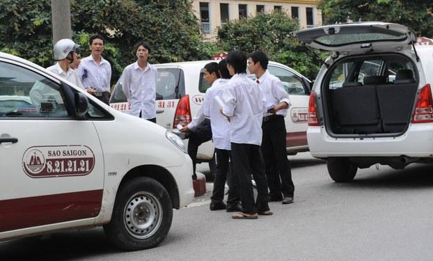 Taxi Sao Sài Gòn Hà Nội,Số điện thoại và giá cước-Taxi Nội Bài