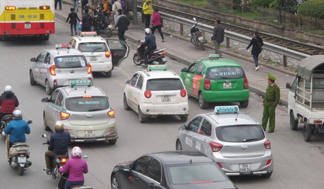 Taxi Mỹ Việt Hà Nội,Số điện thoại và giá cước-Taxi Nội Bài