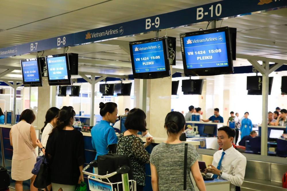 Các phòng vé trong và ngoài sân bay Nội Bài